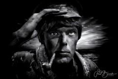 Seaman (fredbervoets.com) Tags: zwartwit bw blackwhite portret portrait flevoland beeldende livingstatues levende kunst evenement dronten beeldigsuydersee beelden