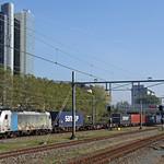 20181010 CT 186 109 + containers, Amsterdam Sloterdijk thumbnail