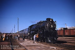 ATSF 3759 - San Bernardino CA - 02/06/55 (RockAndRail) Tags: atchisontopekasantafe santafe santaferailway atsf 484 northern atsf3759 steam locomotive steamlocomotive blw baldwin baldwinlocomotiveworks railwayclubofsoutherncalifornia special excursion farewelltosteam passengertrain passenger train railroad railway steamengine fantrip sanbernardinocalifornia sanbernardino california sanbernardinoca railfan yard kingmanarizona kingmanaz 60385 built1928