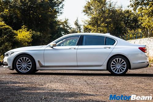 BMW-740Li-18
