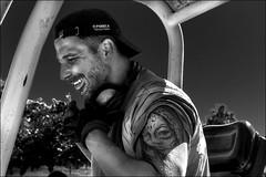 Avec elle à mon bras... / With her on his arm... (vedebe) Tags: homme portrait humain human people sourire tatouage tatoo travail travaux work noiretblanc netb nb bw monochrome rue street city ville urbain urban urbanarte