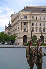 Self-importance of the k. u. k. buildings from the Grunderzeit era is somehow more convincing here than that of the guards... (Inspired Snob) Tags: budapest kossuth ter hungarian parliament