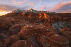 Art of Sculpting (Willie Huang Photo) Tags: arizona utah grandstaircaseescalante escalante badlands desert red light sunrise striations rock pottery landscape nature scenic
