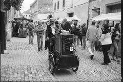 Back to the Future (Koprek) Tags: fujigw690ii film analog croatia spancirfest streetphotography ilfordhp5 ilfordfilm varaždin stphotographia summer2018 120 6x9 medium