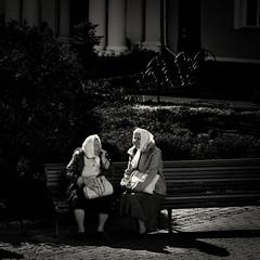 Leica Elmarit 90mm/f2 (Stevenchen912) Tags: candid streetcandid streetphoto streetscene streetphotographer urbanlife dark composition contrast compo lowlight old women bw blackwhite