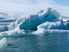 2018.08.10-15.51.53 (Pak T) Tags: bustour glaciallake glacierlagoon iceberg iceland jokulsarlon jökulsárlón
