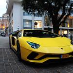Lamborghini Aventador S LP740-4 thumbnail
