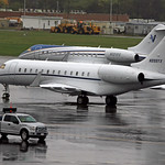 Bombardier Global Express XRS  / N999YX & Bombardier Global 6000 / N121RS thumbnail