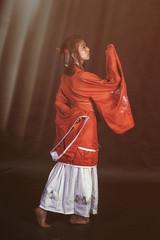 蹣跚 (huangdid) Tags: fujifilm fuji xt2 xf35 portrait photography photo people hanfu