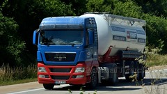 D - Karl Kraft Steinwerke MAN TGX XLX (BonsaiTruck) Tags: spitzer karl kraft steinwerke man tgx lkw lastwagen lastzug silozug truck lorry lorries camion caminhoes silo bulk citerne powdertank
