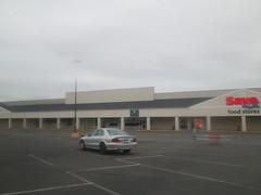 Former Ames (Random Retail) Tags: sunbury pa 2017 store savealot supermarket former amesstores retail recycle reuse