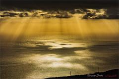 La Palma - Sunrays (Hans van Bockel) Tags: 1680mm d7200 hansvanbockel lapalma lightroom nikkor nikon oceaan tijarafe vakantie canarias spanje es atlantische water zon stralen rays sunrays clouds wolken luminar2018 explore