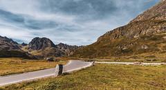 Silvretta Hochalpenstraße (MandelriegelxD) Tags: passstrase wolken gebirge fels silvretta alpen