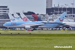TuiFly Boeing 767 (PH-OYI) at Schiphol Amsterdam (PictureJohn64) Tags: d7100 nikon nederland netherlands taxiing pax passenger airplane airport flugzeug vliegtuig vliegveld amsterdam schiphol aircraft picturejohn64 plane phoyi b767 boeing tuifly