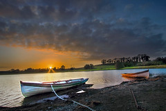 October Sunset (Alan10eden) Tags: lake sunset october armagh lowryslake ulster scenery landscape water freshwater boat rowingboat colours clouds evening sundown sunstart starburst sunburst wideangle uwa canon 80d 1022mm countyarmagh alanhopps fishing trout orange glow colourful