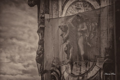 Captured (antoniopuca) Tags: angels old captured naples monuments italy fly autumn grids sky