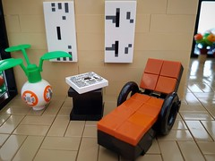 Lilium Eco House MOC. Resting chair. (betweenbrickwalls) Tags: lego afol moc legomoc legos chair furniture furnituredesign interior design starwars bb8 minecraft toys house home legohouse modernhome modernliving architecture