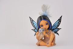 Figurine... (KingGuardian) Tags: nikon50mmf18gafs figurine owl girl indian indoors 50mm nikon50mm nikond7100