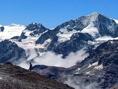 Discesa con vista (giorgiorodano46) Tags: agosto2012 august 2012 giorgiorodano vallese valais suisse svizzera schweiz switzerland wallis hiking hérens valdhérens montdelétoile arolla ghiacciaio glacier alpi alpes alpen alps romandie suisseromande swissalps mountain landscape
