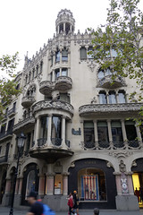 Casa Lleo Morera 2 (smallritual) Tags: barcelona catalunya spain casalleomorera domenechimontaner modernisme blockofdiscord