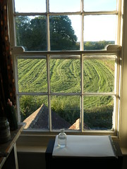 Make Hay While the Sun Shines (ART NAHPRO) Tags: hay making window sash vintage rustic sussex rural september 2018