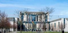 Bundeskanzleramt (HWW) (KPPG) Tags: berlin deutschland germany regierungsviertel governmentdistrict architektur architecture hww windows fenster