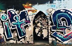 Ealaín sráide, Corcaigh (Rhisiart Hincks) Tags: graffiti èirinn irlanda ireland iwerddon iwerzhon éire corcaigh corc cork arzarstraed celfystryd streetart eláinsráide