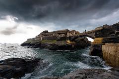 Promenade au Fort (yann2649) Tags: finistere roscanvel fort ruine brittany bretagne seascape landscape cloud