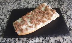 Tosta de atún y queso (tone_michel) Tags: recetas de cocina