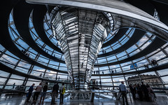 Berlino - Vacanze 2018 (auredeso) Tags: cupola del reichstag normanfoster berlino berlin germania germany architettura hdr tonemapping nikon d750 tamron nikond750 tamron1530 photomatix