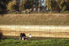 Reading | Kaunas #264/365 (A. Aleksandravičius) Tags: reading book people river nemunas grass outside autumn lithuania lietuva nikon nikond750 d750 135mm 135mmf2d nikon135f2 nikon135mmf2dc 135 nikon135mm nikonafdcnikkor135mmf2d nikkor135 nikkor 365days 3652018 nikkor135mm 365 project365 264365
