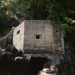 Pillbox 01, Mothecombe (andyhallphoto) Tags: mamiya6 mamiyag50mmf4 mediumformat 120 6x6 portra400 kodakportra square squareformat analogue film rangefinder mothecombe devon pillbox