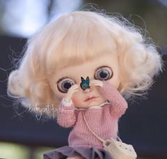 """What's this?"" (_babycatface_) Tags: blythe blythecustom babycatfacedollies babycatface blythedoll custom customblythe customdoll cute cutiepie doll dollphotography dollcustom toy toyphotography takara takaradoll takaratoy"
