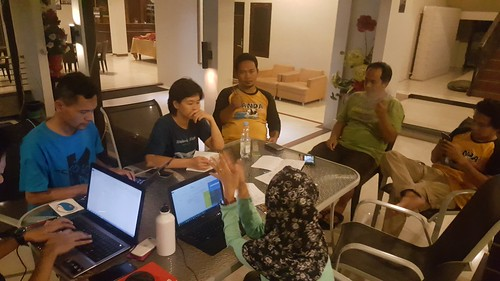 Night Discussion on the Last Day in Pangkalan Bun