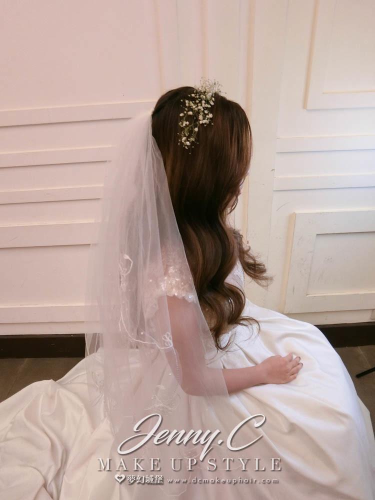 【新秘蓁妮】bride佩倫 結婚造型 / 苗栗東北角餐廳