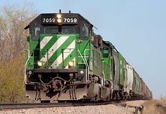 BNSF 7059 Powell 26 Apr 06 (AK Ween) Tags: bnsf bnsf7059 emd sd402 powell northdakota devilslakesub msupmin cascadegreen train railroad bn burlingtonnorthern
