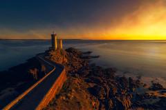 Faro del Petit Minou. Plouzané. Bretaña (Fernando Guerra Velasco) Tags: sunset petitminou breizh bretaña atardecer lighthouse faro largaexposición longexpo