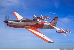 T-27 Tucano (Força Aérea Brasileira - Página Oficial) Tags: afa aircraft brasil brazilianairforce embraeremb312tucano embraert27tucano fab forcaaereabrasileira forçaaéreabrasileira fotojohnsonbarros t27tucano helice turbohelice voo pirassununga sp bra 131206joh0011cjohnsonbarros