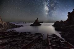 Arrecife de las sirenas (fernandosaura1) Tags: almeria landscape via longexposure lactea playa españa beach nature naturaleza nikon noche nocturna n