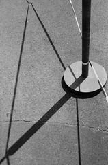 Nichtssagende Bilder (ruthnicola) Tags: linien flächen abstrakt abstract абстрактный eos 500n ilfordhp5plus400 analog 35mmfilm scan negativscan analogue