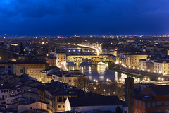 Ponte Vecchio at Night (Naval S) Tags: pontevecchio florence firenze italy tuscany renaissance nightphotography nightview night dusk