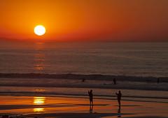 Coucher de soleil à Bidart (mrieffly) Tags: coucherdesoleil canoneos50d paysbasque bidart océan plage reflets