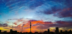 Colores de Madrid (Jotha Garcia) Tags: sunset amanecer madrid madriz spain españa panoramica colores clouds nubes contraluz backlighting huawei huaweip8 jothagarcia 2018 octubre october panorama