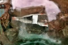 "Cubist face (with ""cachirulo""). Reflection (Marisa Bosqued) Tags: cubismo cubism reflejos reflections fleamarket mercadillo plazasanbruno sanbrunosquare zaragoza aragón españa spain tamronafsp1750mm snapseed"