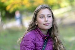 DSC03472 (Ronni Steen Hansen) Tags: sony a7iii fe carl zeiss batis 85mm 18 bokeh autumn girl outside park
