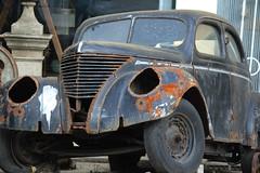 Peso da Régua (hans pohl) Tags: portugal régua douro voitures cars abandonné abandoned