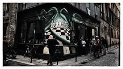 Checkmate (Jean-Louis DUMAS) Tags: echec échec iphone smartphone apple town bordeaux ville hdr scènederue people bar gens rue street