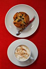 2018 Sydney: Coffee + Muffin (dominotic) Tags: 2018 food coffee drink whippedcream chocolatechipmuffin cake foodphotography coffeeobsession yᑌᗰᗰy circle sydney australia