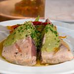 Thunfisch Steak mit Gemüse und grünem Curry thumbnail