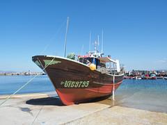 M2110082 E-M1ii 12mm iso200 f8 1_320s 0.3 (Mel Stephens) Tags: galicia holiday o grove spain 20180911 201809 2018 q3 4x3 wide olympus mzuiko mft microfourthirds m43 1240mm pro omd em1ii ii mirrorless transport boat coast coastal best